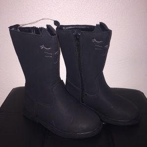 🆕 Girl's Carter's Cat Boots (size 9) 😸